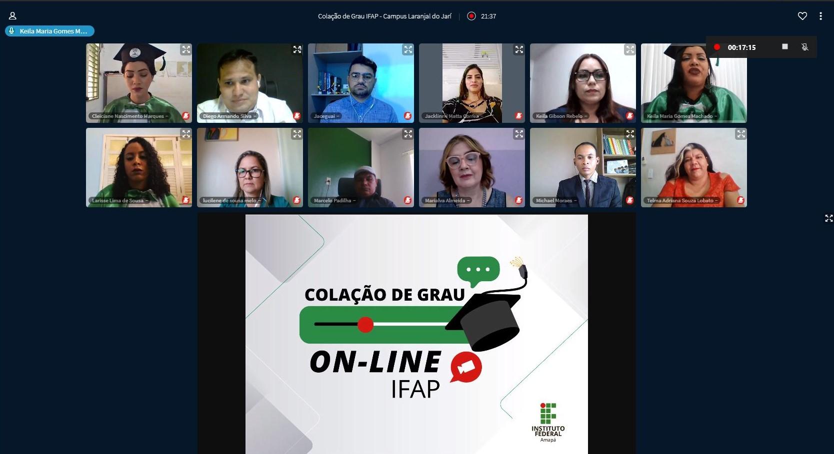 Campus realiza primeira outorga de grau em gabinete na forma on-line